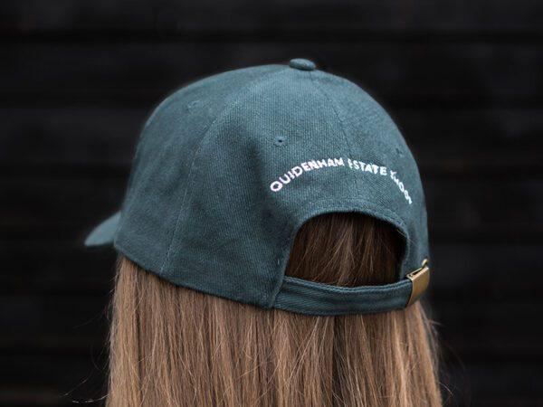 cap back female